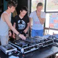Spoedcursus voor Rijswijkse jonge deejay's