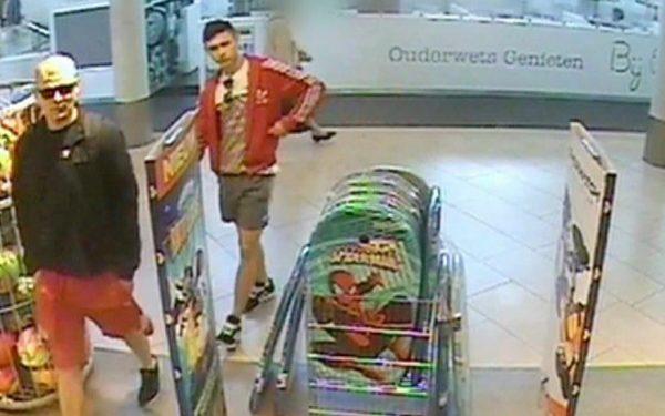 Politie toont camerabeelden van winkeldieven