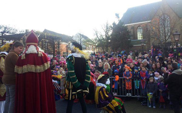 Intocht Sinterklaas in Oud Rijswijk