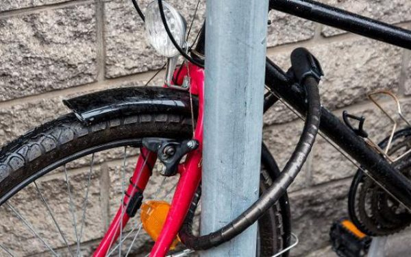 Maroesja uit Cromvliet heeft tip tegen fietsendiefstal